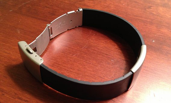 Road ID Elite silicone wrist band review